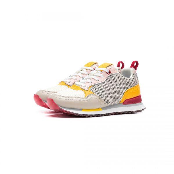sneakers fetite
